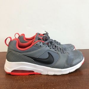 Nike Air Max Motion Running Shoes. Size 4Y